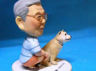 秋田犬 フィギュア